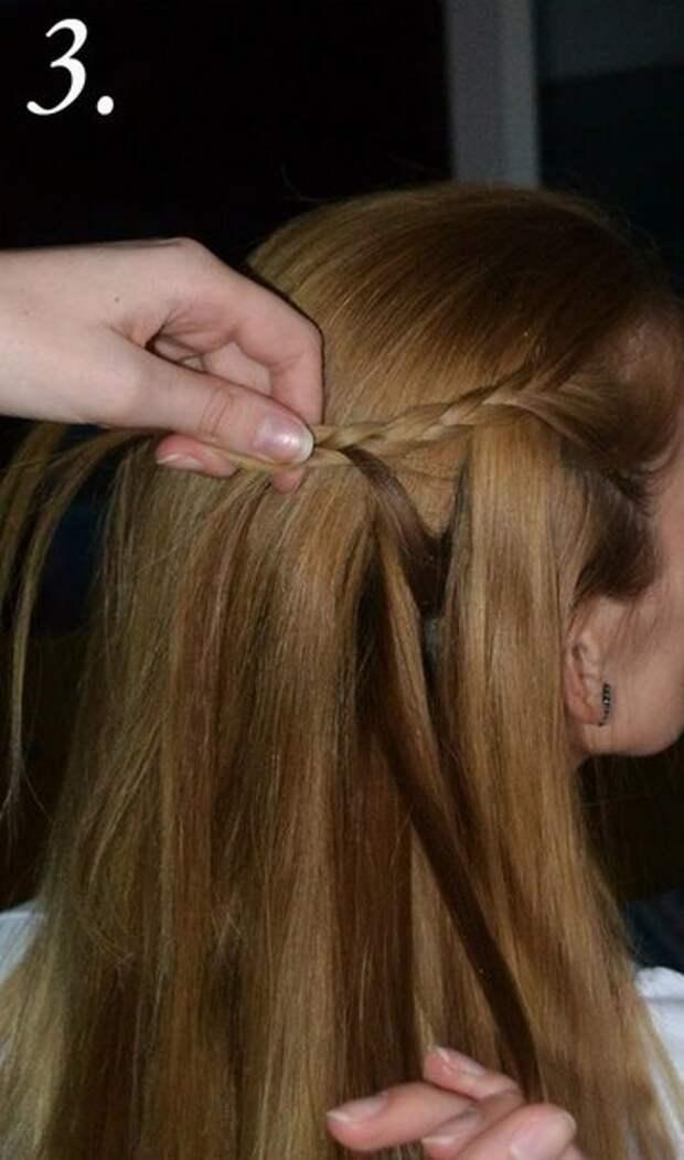 прическа с плетением на распущенные волосы