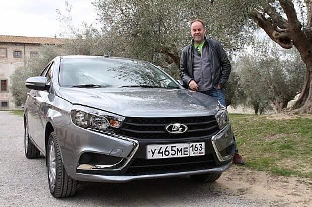 Главный дизайнер «АвтоВАЗа» Стив Маттин принял участие в тест-драйве и рассказал, что впервые смог полноценно испытать автомобиль