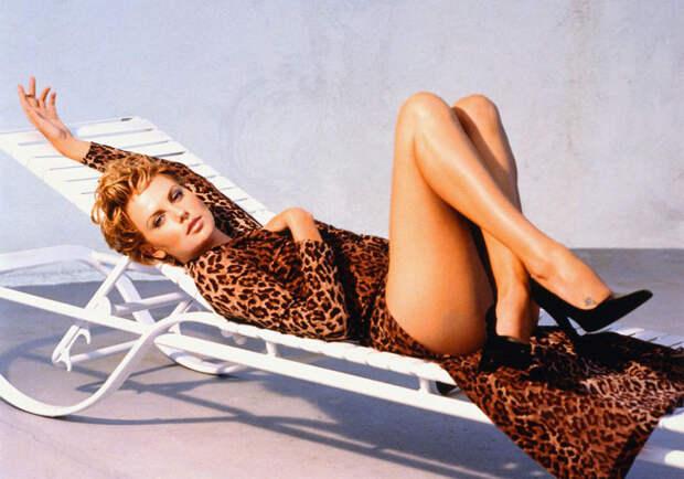 Шарлиз Терон (Charlize Theron) в фотосессии Ланса Стэдлера (Lance Staedler) (1997), фото 12