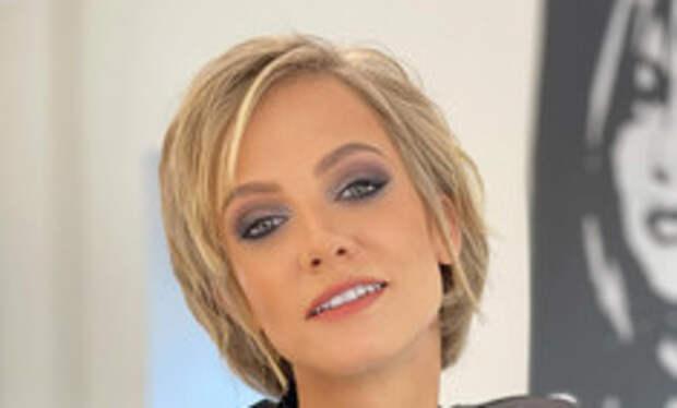 Полина Максимова сообщила о смерти 35-летнего брата
