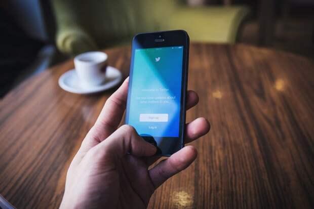 Роскомнадзор продлил меры позамедлению трафика Twitter