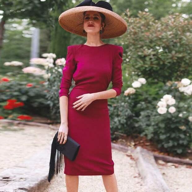 8 элементов гардероба, которые могут омолодить образ дамы за 50