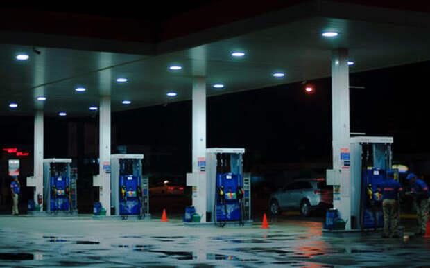 Люди рассказали, как цены на топливо влияют на их жизнь