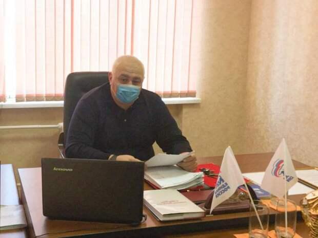 Мурат Хасанов провел прием граждан по вопросам здравоохранения
