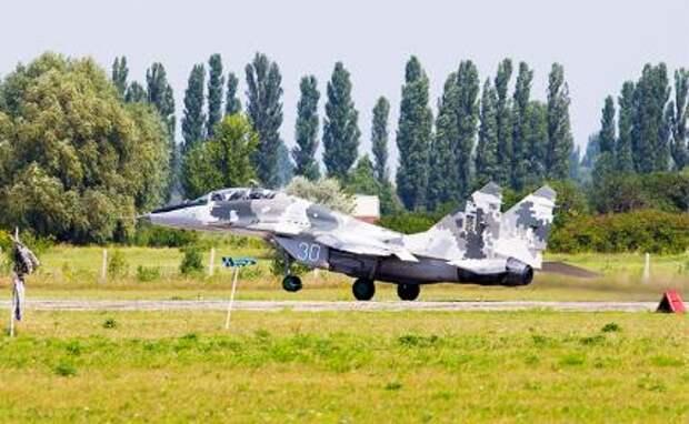 На фото: истребитель МиГ-29