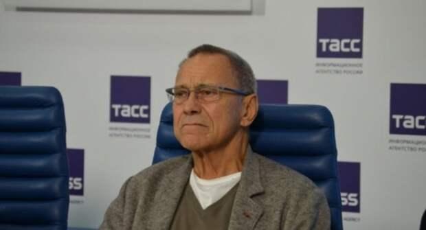 Кончаловский ответил «простым фактом» на провокационный вопрос о Крыме
