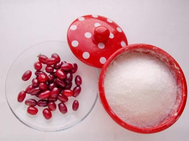 Ингредиенты для приготовления варенья из кизила