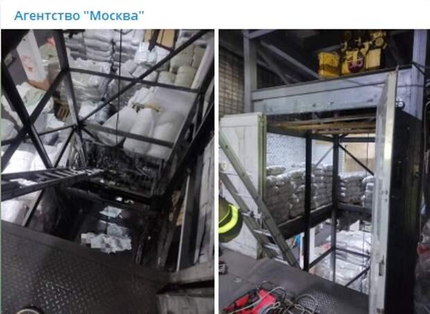Два человека пострадали при падении лифта на складе в Марьине