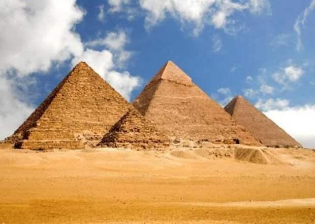 В Египте просканируют пирамиды при помощи космических лучей