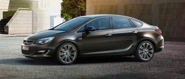 Opel Astra Family седан 1.8 Cosmo — 630 000 руб.