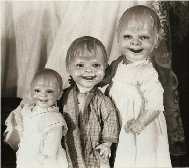 Три кукольных ребенка.