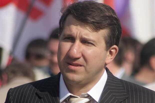 Доход самого богатого депутата составил 2,3 млрд рублей