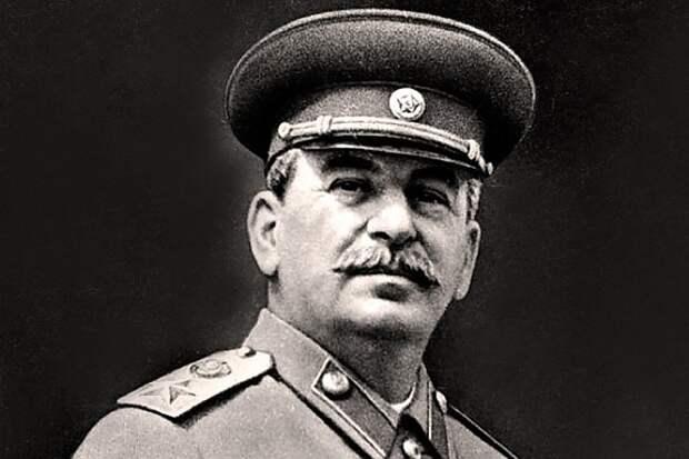 При Сталине были победы и достижения
