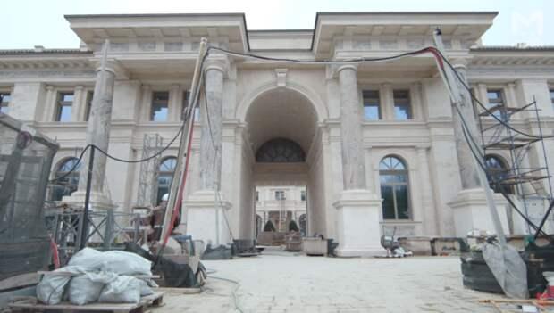 Тайна «сказочного дворца Путина»: как на самом деле выглядит резиденция изнутри