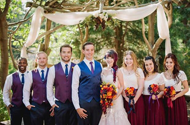 Свадебное платье своими руками: Художница решила сделать свой наряд на свадьбу особенным, и ей это удлось