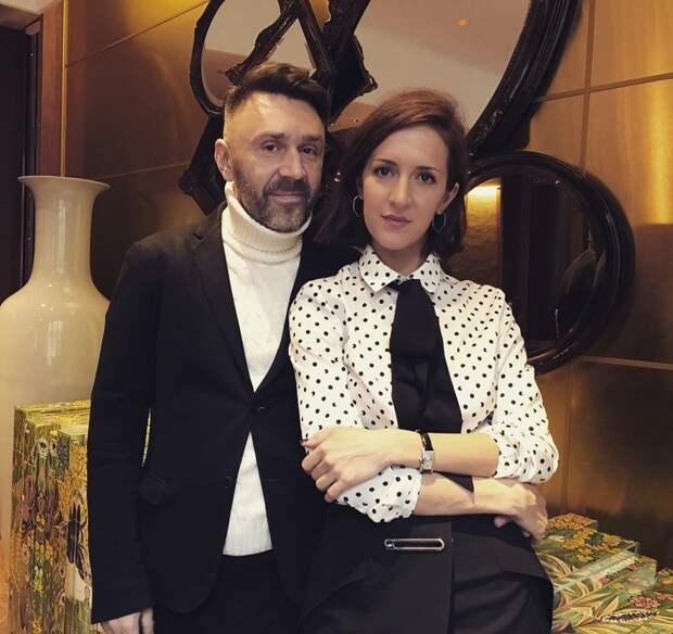 Квартиры на 140 миллионов рублей, балетная школа и ресторан: Шнуров отдал экс-жене почти все совместно нажитое имущество