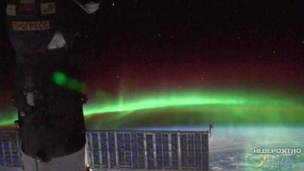 Российский космонавт снял «эскадрилью НЛО» с борта МКС (видео)
