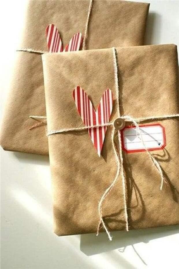 Упаковка новогодних подарков (трафик)