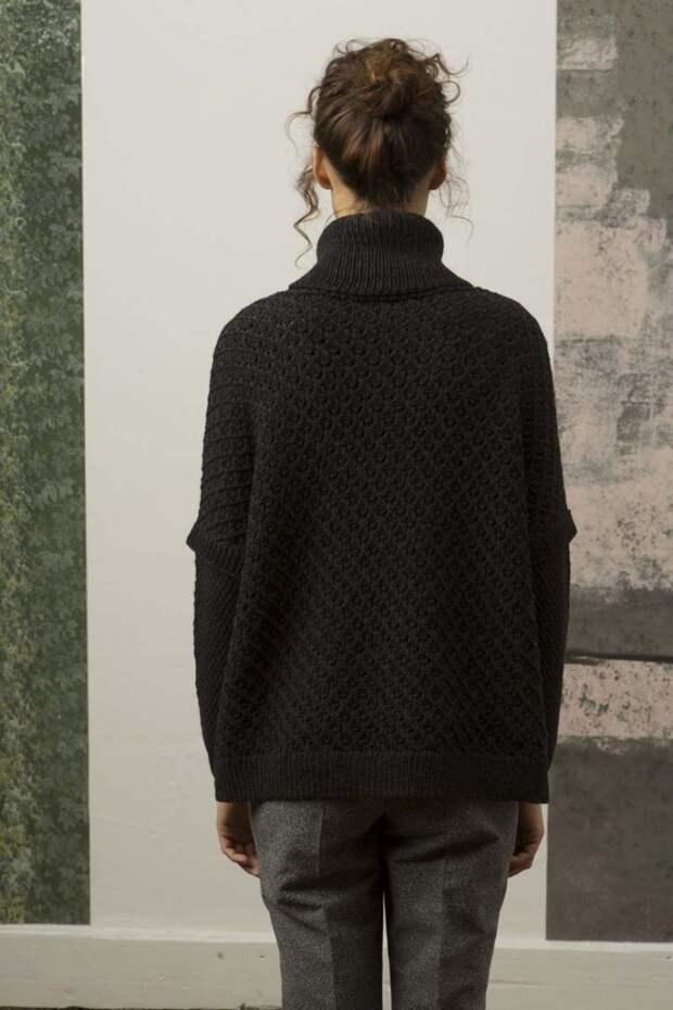 Асиметричный свитер со спущеным плечом (Diy)