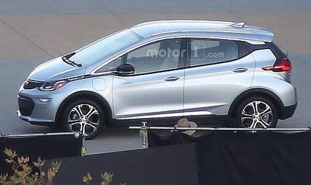 Серийный Chevrolet Bolt