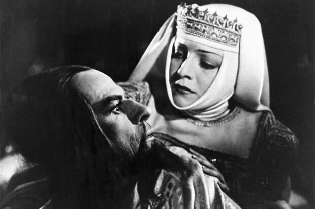 Красавица и самозванец. История трагической любви к власти