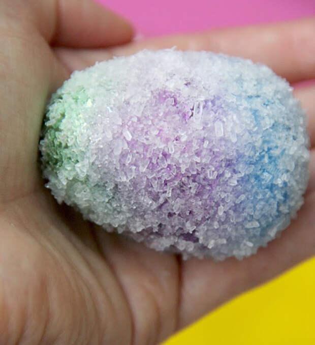 А ещё яйцо в кристаллах соли пасха, пасхальное яйцо