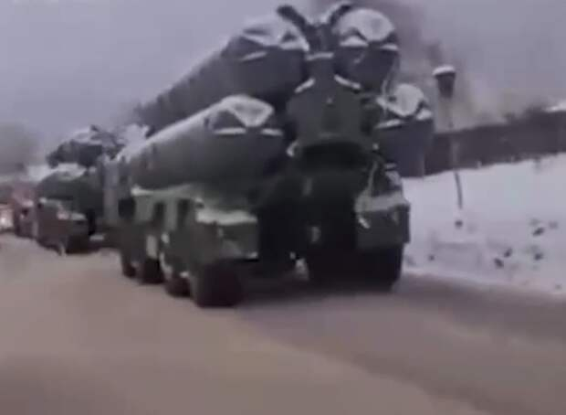 Огневая установка из состава системы С-400 попала в массовое ДТП в Подмосковье