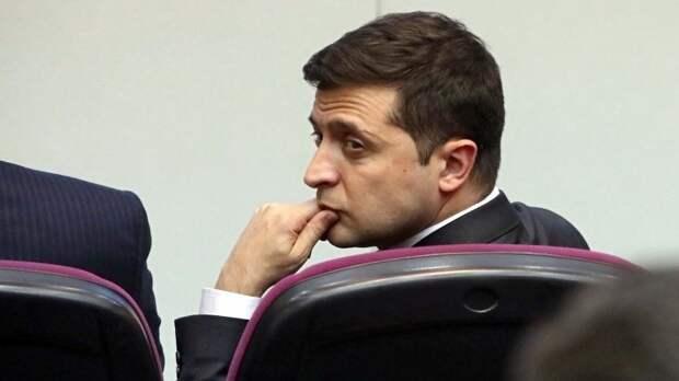 Позиции Зеленского слабы как никогда: кто может сместить на посту главу Украины