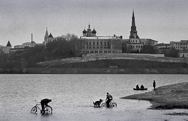 Фотограф Евгений Канаев: «Казань и казанцы в 90-е» 36