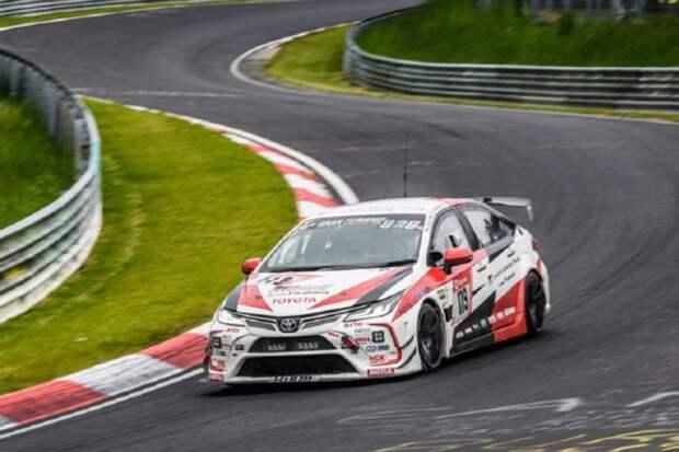 Toyota Corolla Altis Nürburgring: В честь победы в гонке