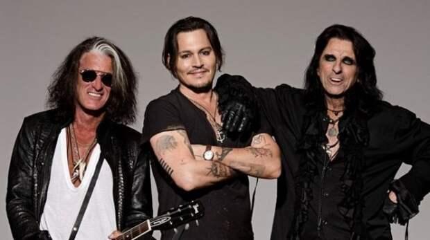 Концерт Джонни Деппа в Швеции состоялся вопреки бойкоту