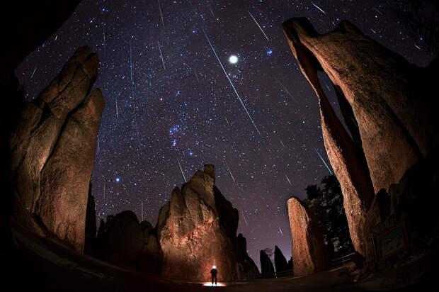 Красота! К нам прилетели Геминиды – самый классный поток метеоров