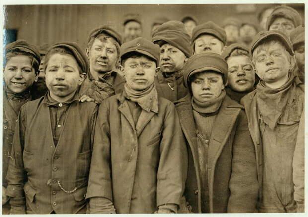 1. Маленькие работники угольной шахты в Пенсильвании. 1911 год. америка, дети, детский труд, история