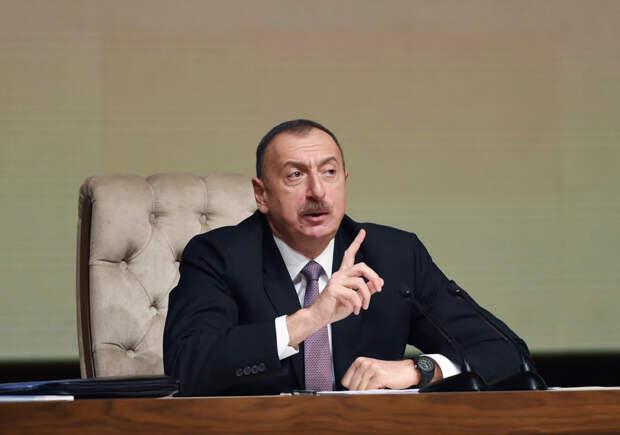 Чересчур эмоциональное поведение президента Азербайджана удивило МИД РФ