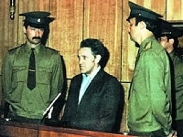 ПРАВО.RU: Судьба нерезидента – за что инженеру из СССР платили больше, чем президенту США