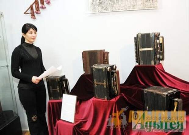 Традиционные музыкальные инструменты адыгов