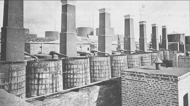Вид холодильников. Баку, 1882  г.
