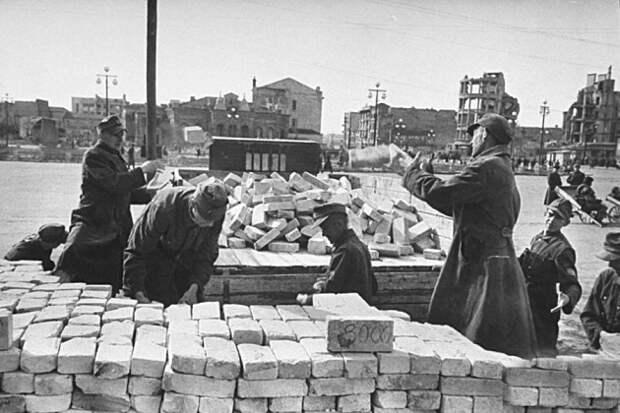 Какой народ Сталин депортировал из Румынии в СССР