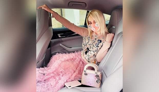 Рудковская: «Миллион долларов вгод язарабатываю только наинстаграме»