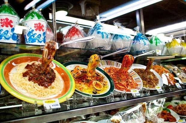 Такие блюда помогают клиентам быстрее сориентироваться в меню заведения.