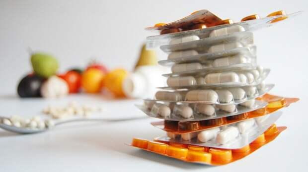 Спортивный диетолог оценила влияние приема витаминов на здоровье человека в пандемию