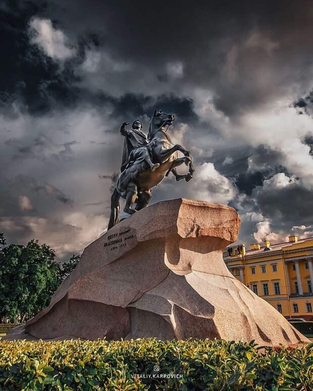 Впечатляющие городские пейзажи Виталия Карповича