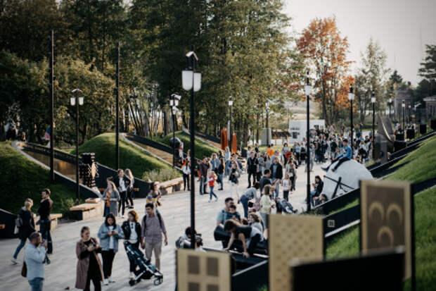 Петербург достойно отпраздновал Всемирный день туризма