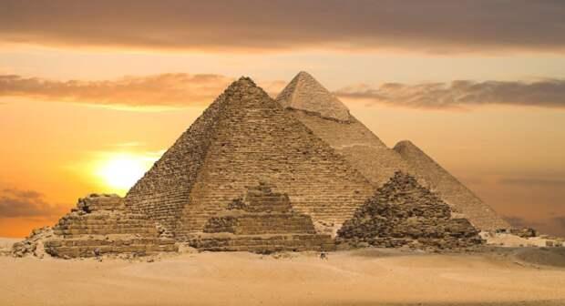 Лавров рассчитывает на возобновление рейсов на курорты Египта в ближайшее время
