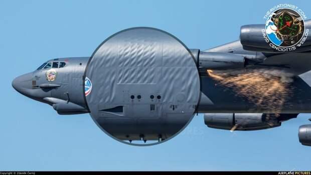 """Почему американский """"B-52"""" с """"морщинами""""?"""