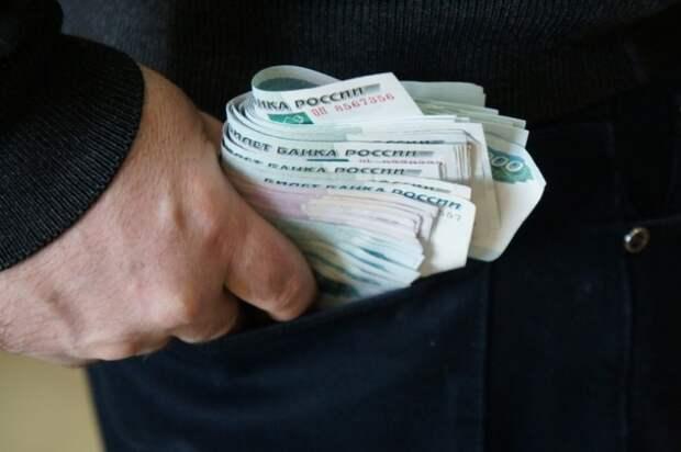 Сотрудниками севастопольской полиции задержана группа должностных лиц по подозрению в получении взяток в 14 000 000 рублей