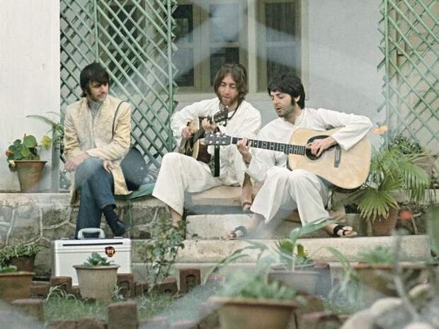 Битлз в Индии. 1968 год.