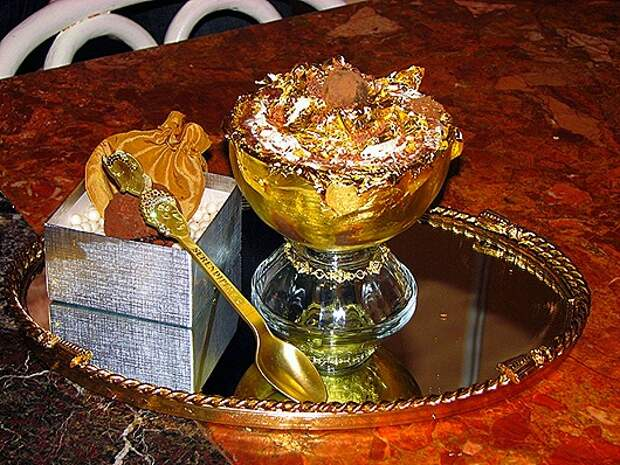 1427793405_worlds-most-expensive-ice-cream-scoop2