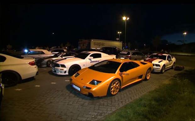 У стрит-рейсеров конфисковали 120 спортивных автомобилей