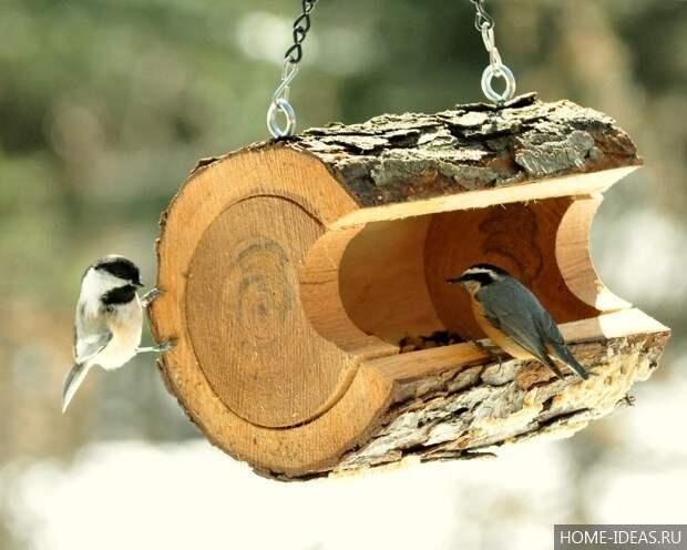Кормушка для птичек из чурбака